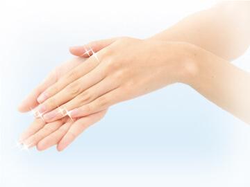 4. 保湿成分による皮膚の乾燥、手荒れ対策 芳香除菌スプレーGerm Guard  ASK80